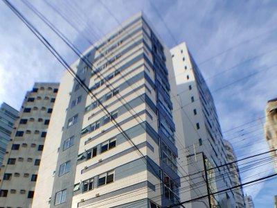 VENDA: Apartamento centro Balneário Camboriú.